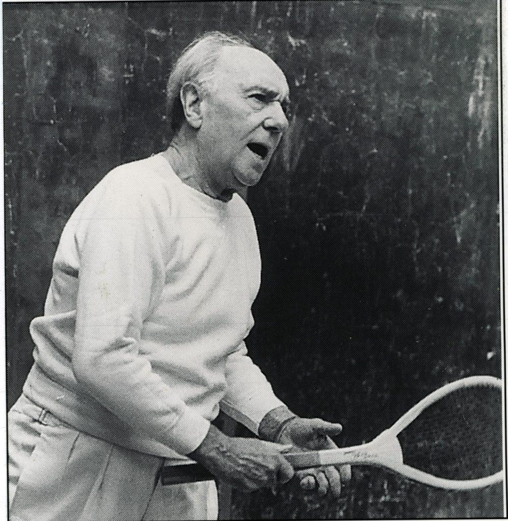 Sir Ralph Richardson (1902-1983) playing at Jesmond in 1980